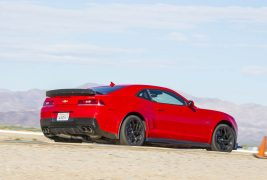 2015-Chevrolet-Camaro-Z28-rear-three-quarter