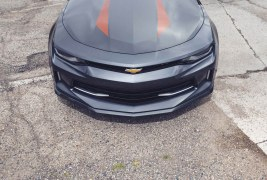 2017-Chevrolet-Camaro-50th-Anniversary-front-end-top-view