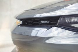 2017-Chevrolet-Camaro-50th-Anniversary-front-grille