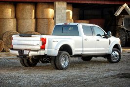 Ford-F-Series_Super_Duty-3