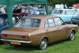 Hillman-Hunter-1972-DL-03