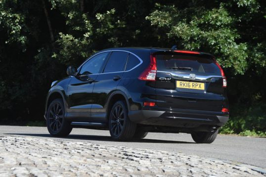 honda-cr-v-black-edition-2016-02