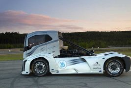 volvo-fh-the-iron-knight2