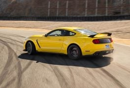 2016-Ford-Mustang-Shelby-GT350R-rear-three-quarter-drift