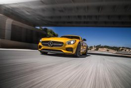 2016-Mercedes-AMG-GT-S-front-end-three-quarter-in-motion