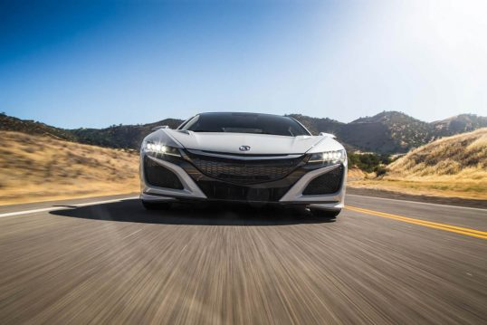2017-acura-nsx-front-end-low-in-motion
