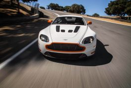 2017-aston-martin-v12-vantage-s-front-end-in-motion-02