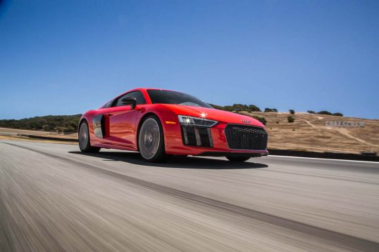 2017-audi-r8-v10-front-three-quarter-in-motion