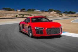 2017-audi-r8-v10-front-three-quarter-turn