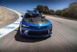 2017-chevrolet-camaro-ss-1le-front-end-in-motion