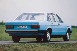 1978: first five-cylinder diesel:In 1978, Audi presents its first diesel model for the Audi 100 (C2). The five-cylinder naturally aspirated engine with a displacement of two liters develops 51 kW (70 hp) and 123 newton meters (90.72 lb-ft) of torque. It also powers the next-generation C3, propelling both the sedans and the Avant versions. From 1984, there is a turbocharged engine with an output of 64 kW (87 hp) and 172 newton meters (126.86 lb-ft) of torque.