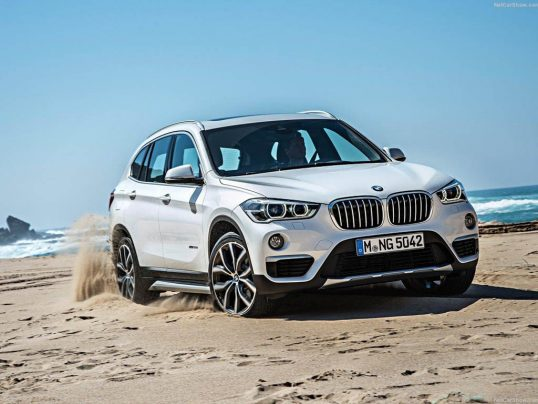 bmw-x1_2016_front-angle