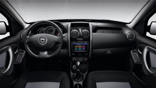 dacia-duster-black-touch3