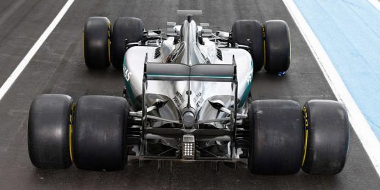 gallery-1473247970-ptna-f1-tire-testing-96