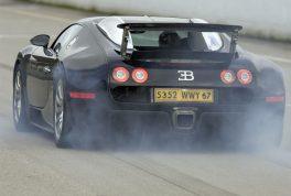 2006_bugatti_veyron_16_4