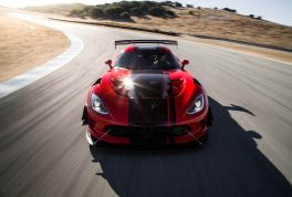2016-dodge-viper-acr-front-end-in-motion