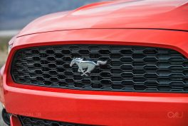 2016-ford-mustang-ecoboost-front-grille