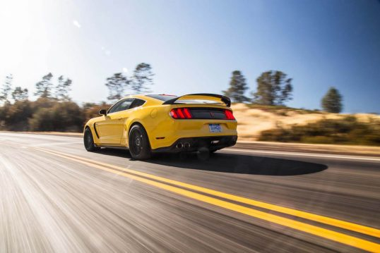 2016-ford-mustang-shelby-gt350r-rear-three-quarter-in-motion