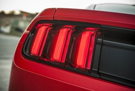 2016-ford-mustang-14