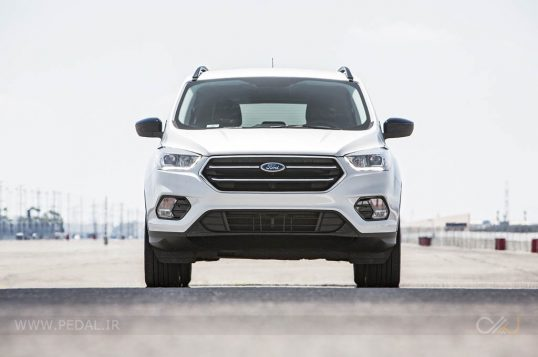 2017-ford-escape-se-awd-front-end