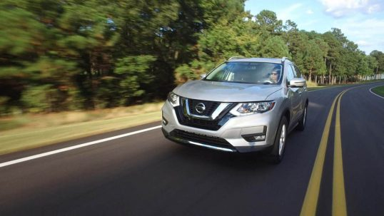 2017-nissan-rogue-front-three-quarter-in-motion-1