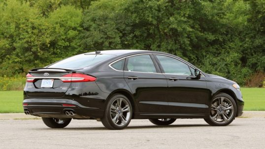 2017-ford-fusion-sport-review2