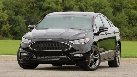 2017-ford-fusion-sport-review3