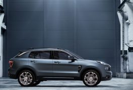 geely-lynk-co-01-7
