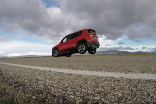 jeep-renegade-stoppie-screenshot