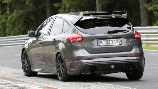 ford-focus-rs500-spy-photo