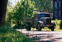 1944-new-trucks-for-the-civilian-market