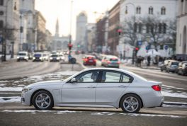 2016-bmw-330e-iperformance-3