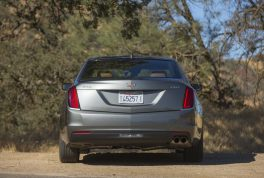 2017-cadillac-ct6-20t-rear-end