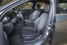 2017-mercedes-benz-e300-front-interior-seats