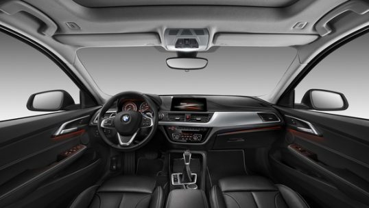 2017-bmw-1-series-sedan-china-5