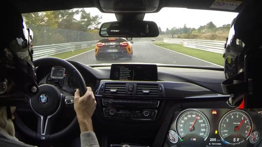 bmw-m4-pack-competition-vs-mclaren-675-lt