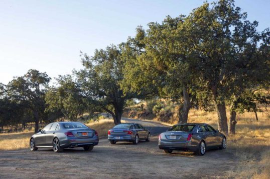 cadillac-ct6-vs-mercedes-benz-e300-vs-volvo-s90-t6-rear-three-quarter