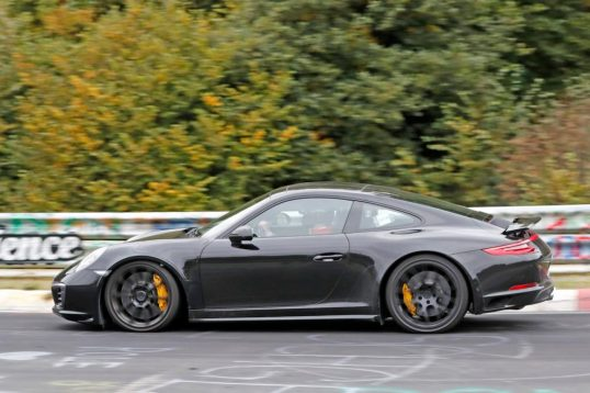 next-generation-porsche-911-mule-spotted-testing-04