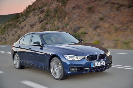 2016-bmw-340i-sport-line-front-three-quarter-in-motion-03