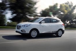 2016-hyundai-tucson-fuel-cell-2