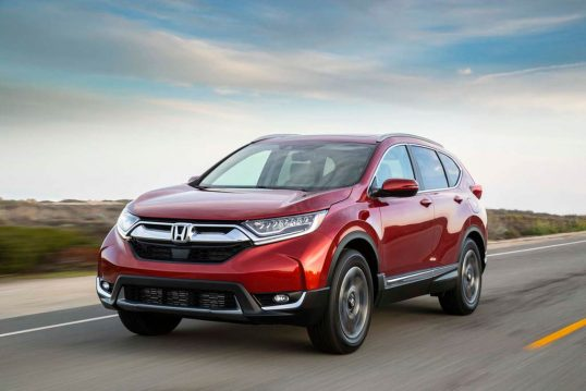 2017-honda-cr-v-front-three-quarter-in-motion