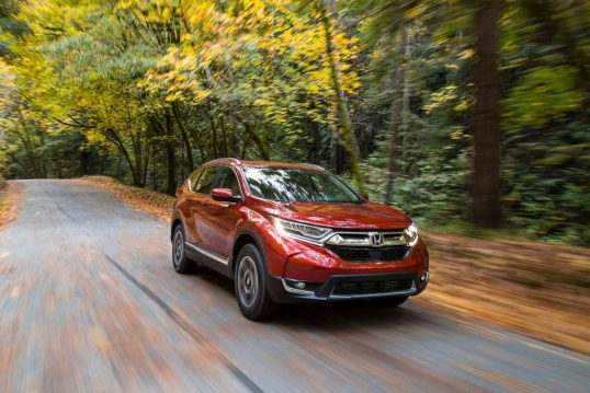 2017-honda-cr-v-front-three-quarters-in-motion