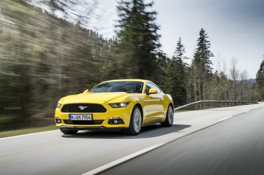 ford-mustang-gt-1