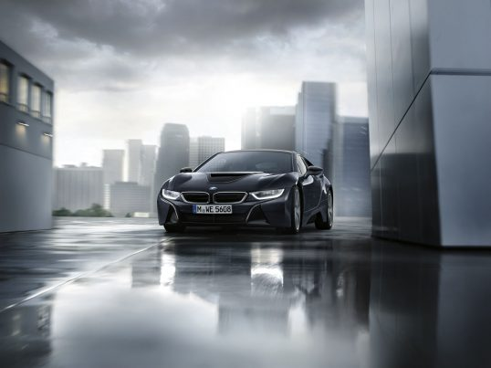 p90231435_highres_the-new-bmw-i8-proto-copy