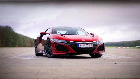 honda-nsx-vs-honda-civic-type-r