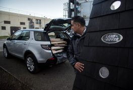 land-rover-cabin-discovery-sport-13