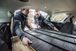land-rover-cabin-discovery-sport-15