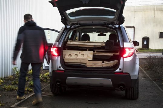 land-rover-cabin-discovery-sport-16