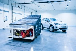 land-rover-cabin-discovery-sport-35