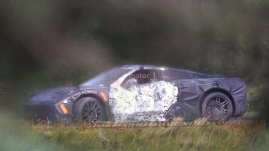 mid-engined-chevy-corvette-spy-photo